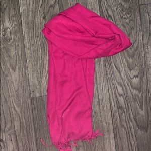 Accessories - NWOT scarf